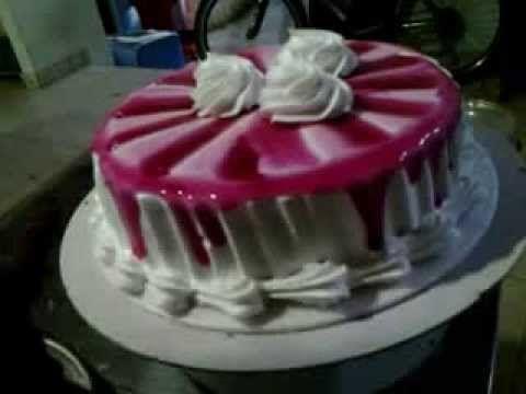 como decorar una torta en forma de corazn para tu amor muy fcil y rrapido