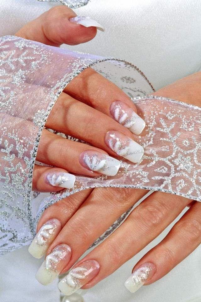 Hochzeitsnagel Bilder 50 Ideen Fur Schlichte Nageldesigns Hochzeitsnagel Fingernagel Design Hochzeit Nageldesign Hochzeit