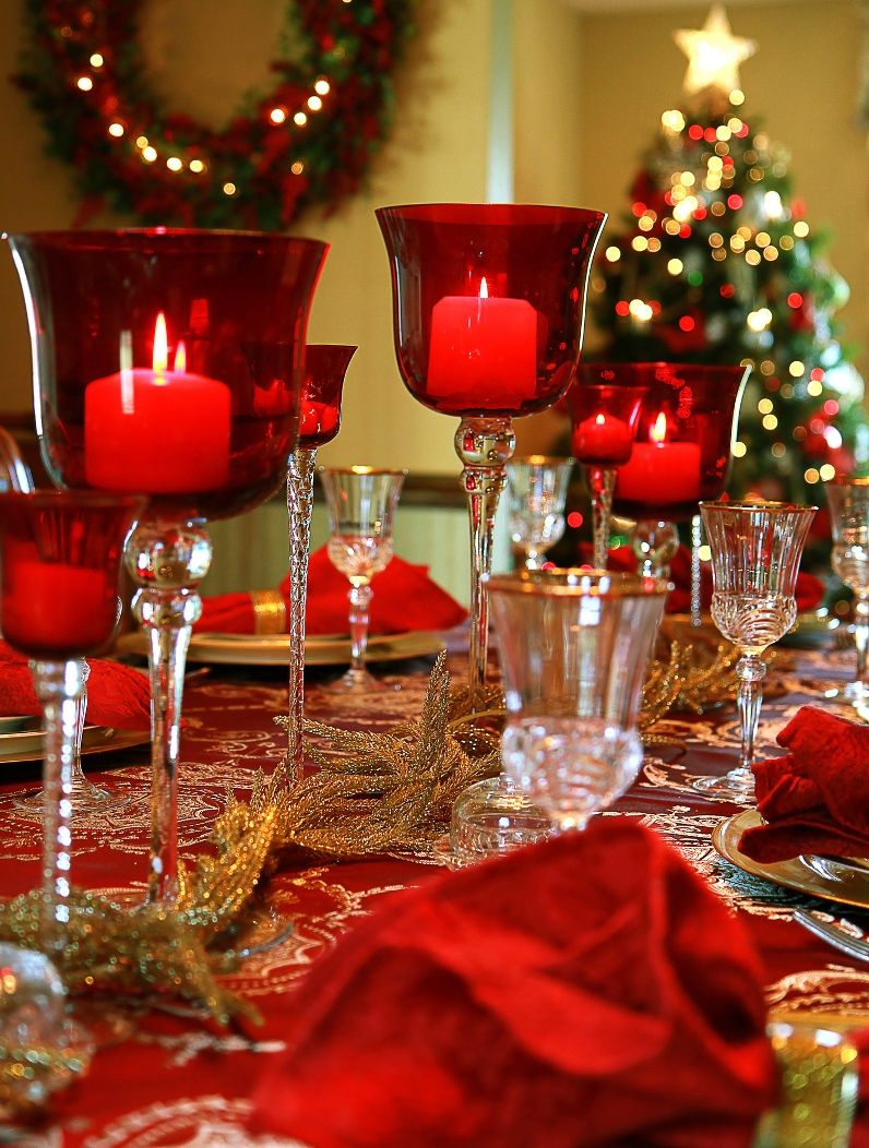 40 Christmas Table Decors Ideas To Inspire Your Pinterest Followers | Easyday & 40 Christmas Table Decors Ideas To Inspire Your Pinterest Followers ...