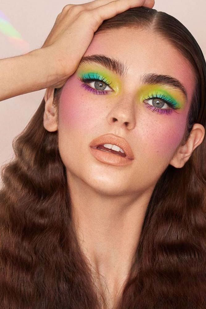 Simple And Creative 80s Makeup Ideas For Gorgeous Looks Bring