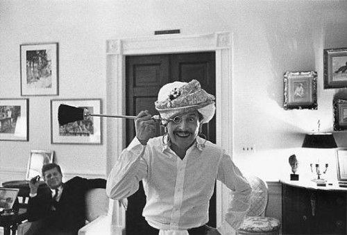 Oleg Cassini and President Kennedy