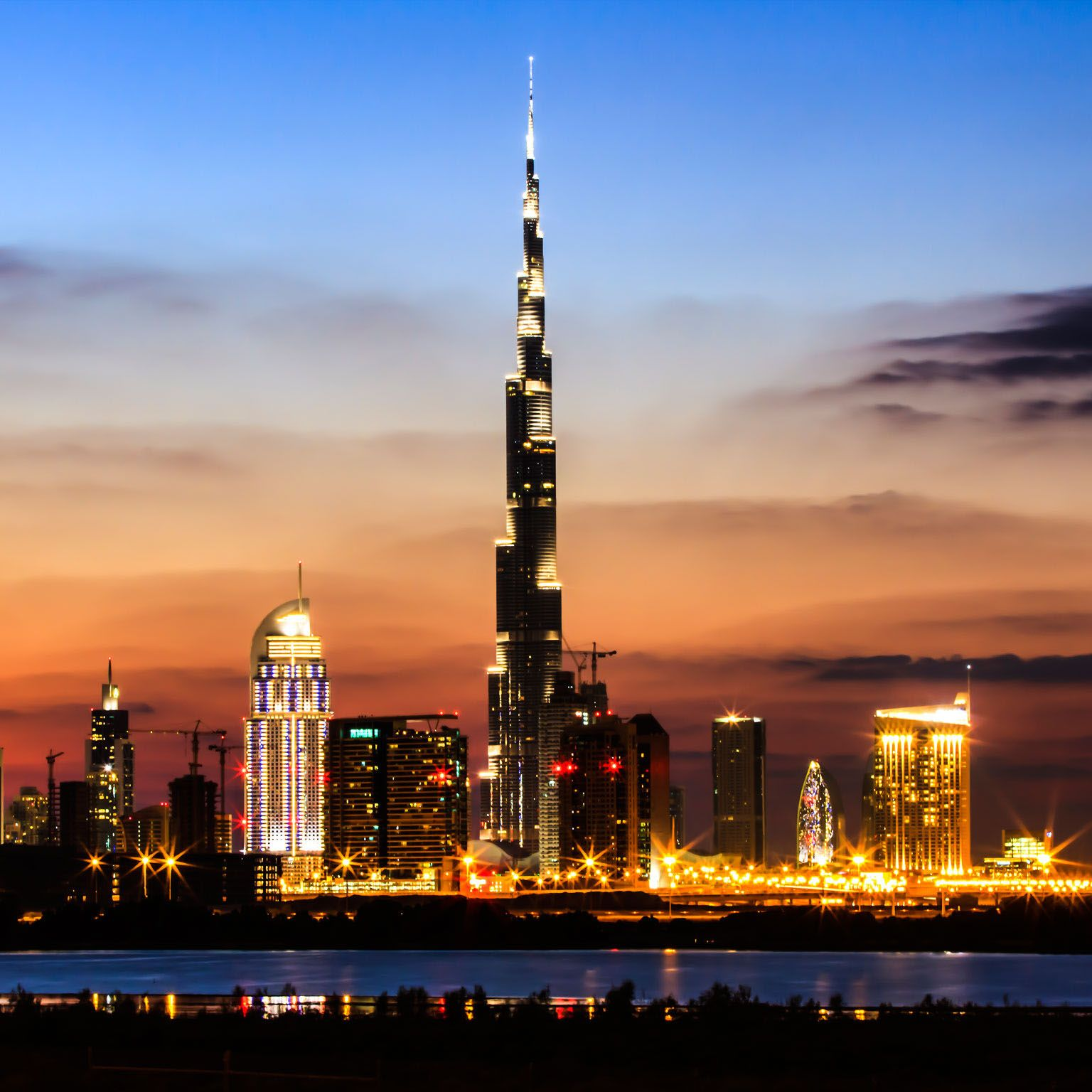 Average Cost of living in UAE for family is $472 for
