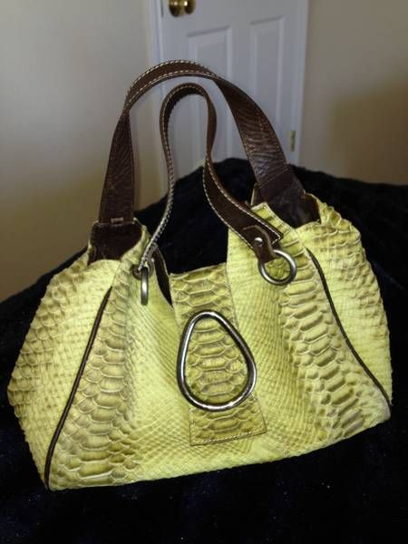 This Is Probably My All Time Favorite Handbag It S Made By Puntotres And Was One Of Great Deals From Tjm
