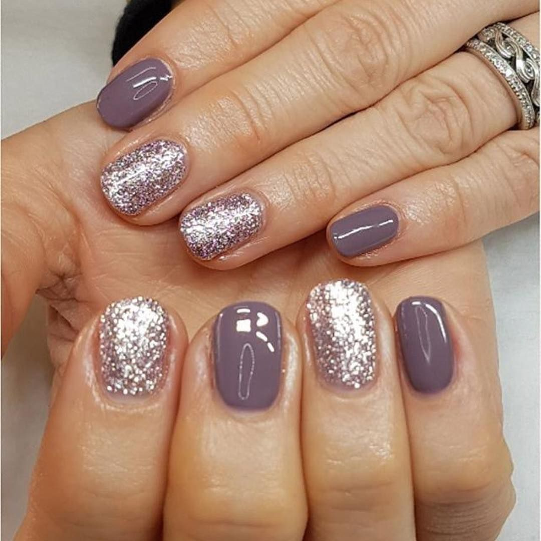 Bunch of lavender nail art design