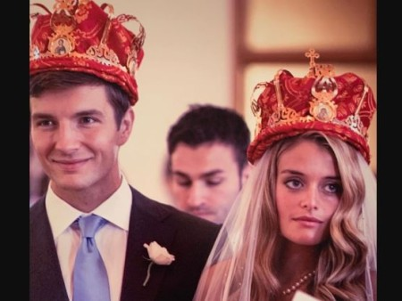 John Jovanovic An Investment Analyst Has A Net Worth Of 5 Million And Is Happily Married To Wife Daphne Oz Host Of T Civil Ceremony Happily Married Couples