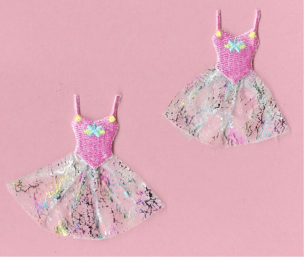 """SET OF FOUR - 4 6.8cm OPEN STARS 2 5//8/"""" PINK EMBROIDERED IRON ON PATCHES"""