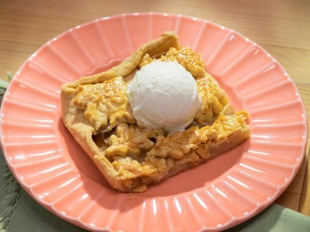 Apple slab pie recipe apple slab pie slab pie and pie recipes apple slab pie forumfinder Choice Image