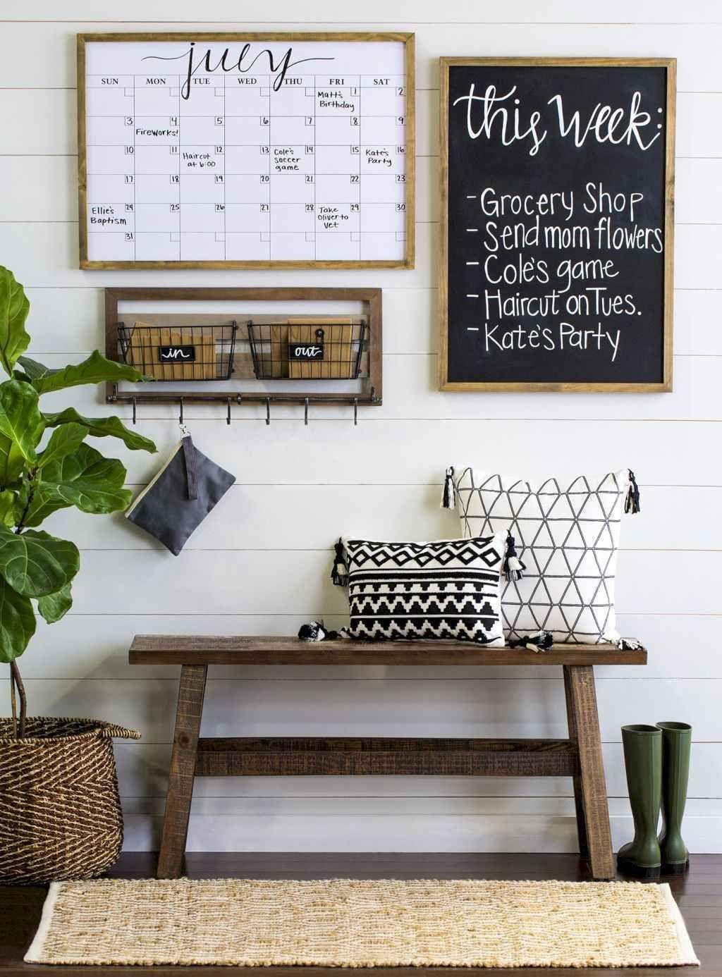 24 Cozy Farmhouse Living Room Decor Ideas images
