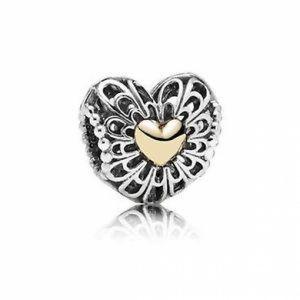 Pandora Sterling Silver Vintage Heart Gift Set #MothersDay #jewelery #Hearts