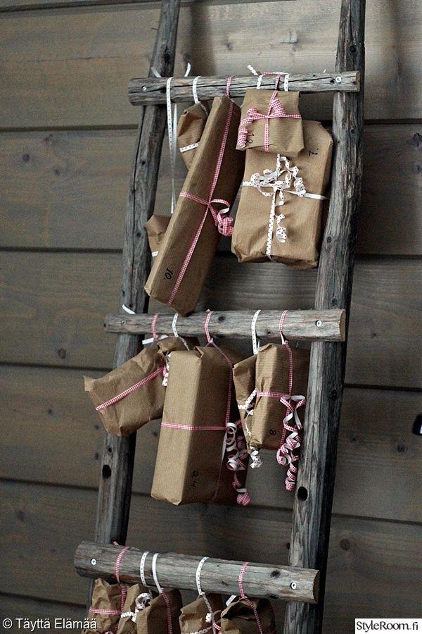 joulukalenteri,heinäseivästikkaat,joulu,sisustustikkaat,tikkaat sisustuksessa