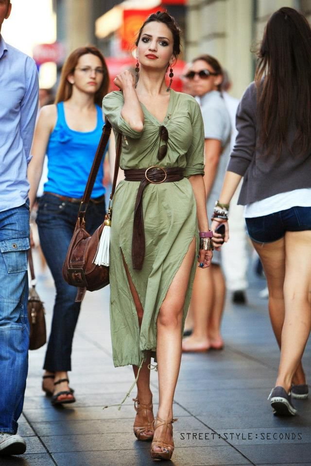 Nice Looking Shoes On Nice Looking Legs Girl From Flower Square Latest Outfits Fashion Live Fashion