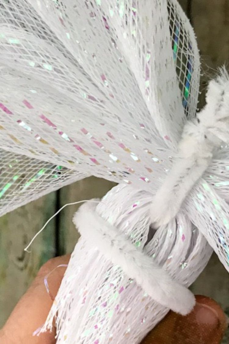 Create Your own Deco Mesh Christmas Angel