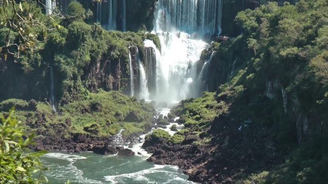 Magnificent Falls between Argentina and Brazil