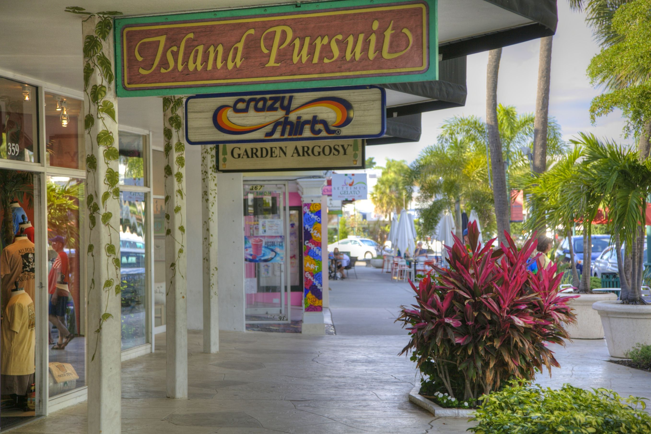 St Armands Circle Shops Casual And Gourmet Restaurants