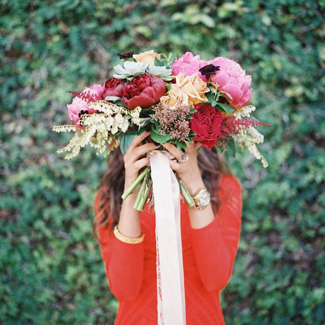 red and pink bouquet