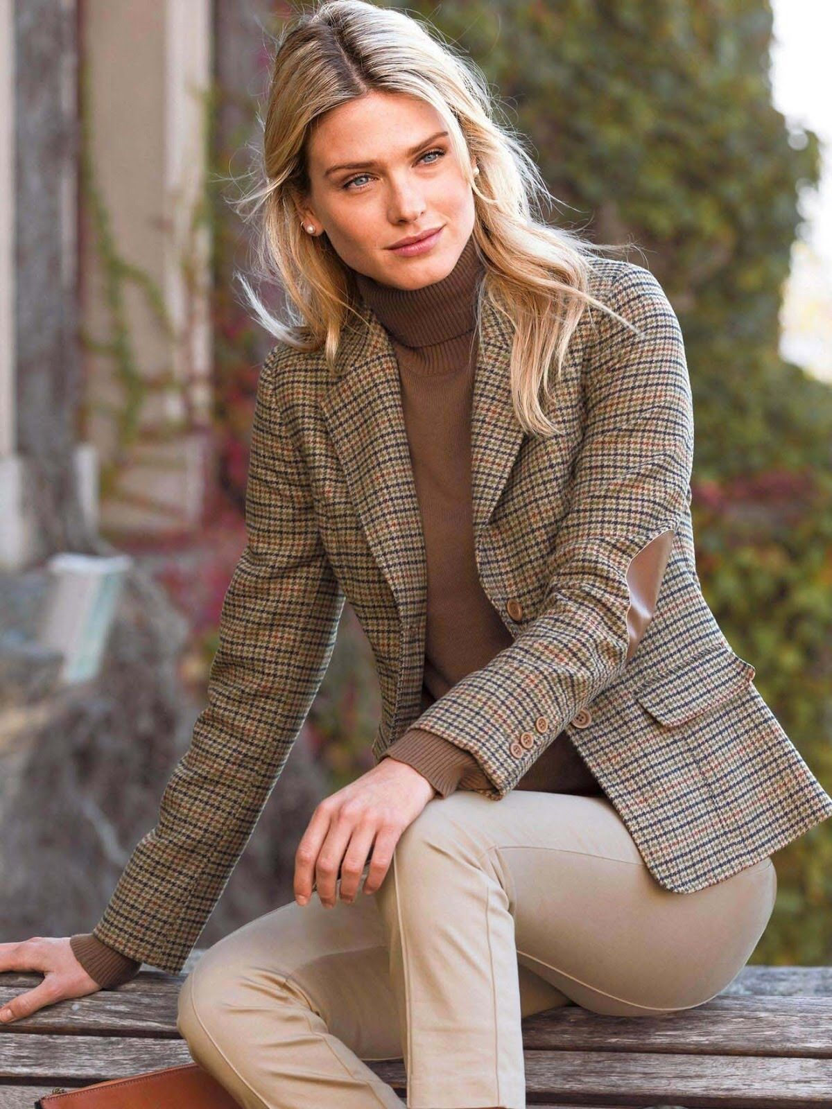 b96a6d016cb6fd Love this classic tweed jacket over tan turtleneck sweater and beige ...