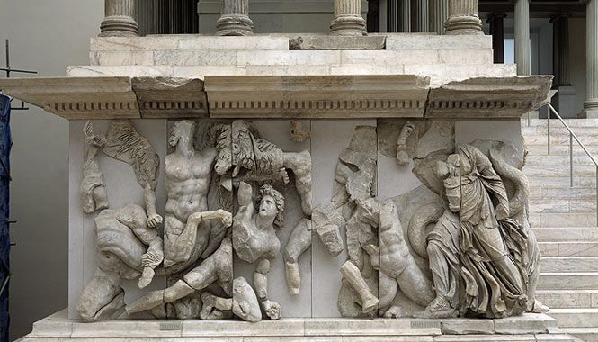 A Closer Look At The Victory Of Samothrace Ancient Greek Sculpture Pergamon Museum Pergamon Museum Berlin