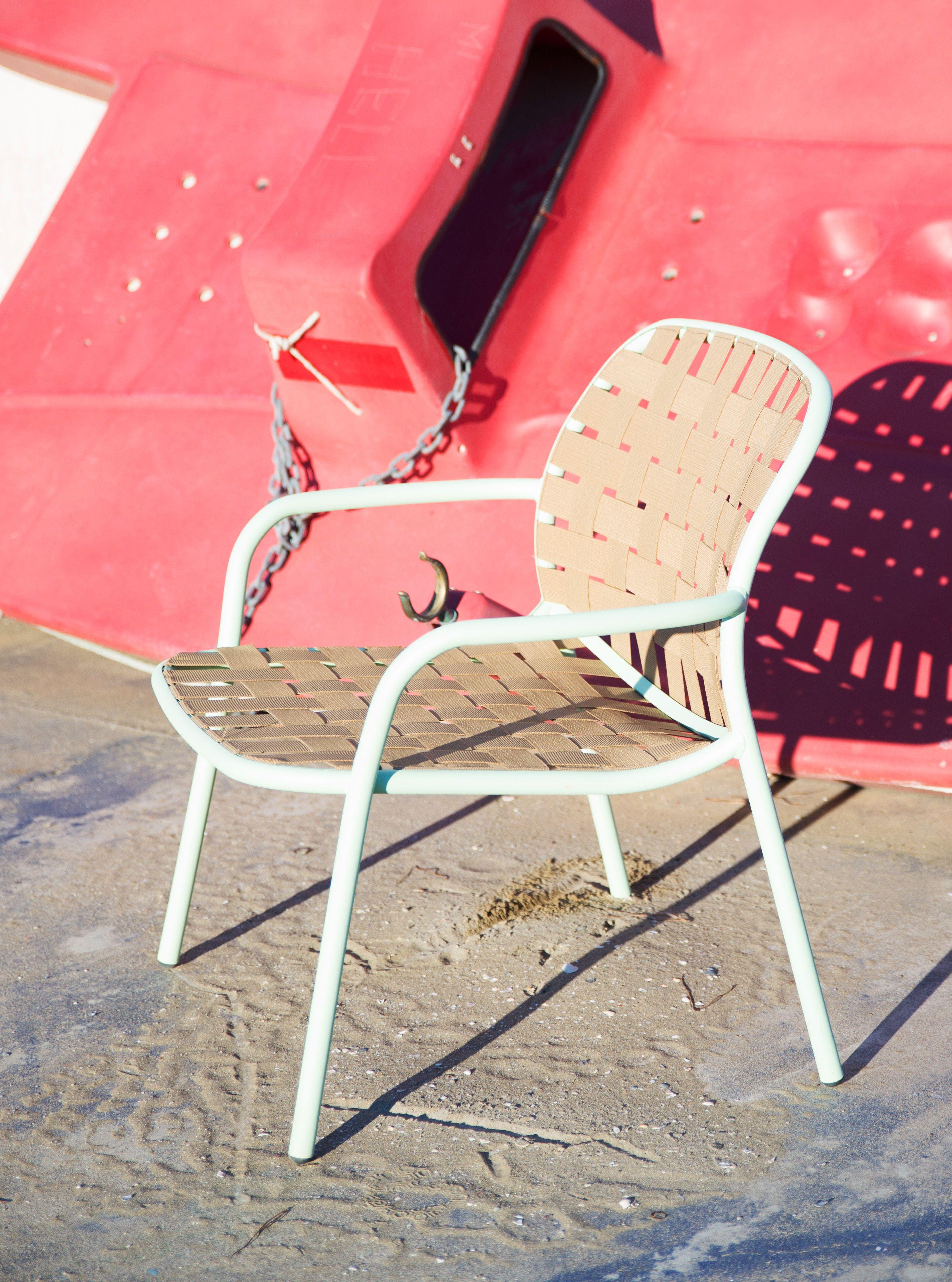 Yard For Emu By Stefan Diez Low Seat Image By Robert Fischer Www  # Muebles Fischer