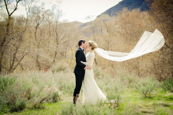 Kissing Outdoors Photography By Http Www Ewattsphotography