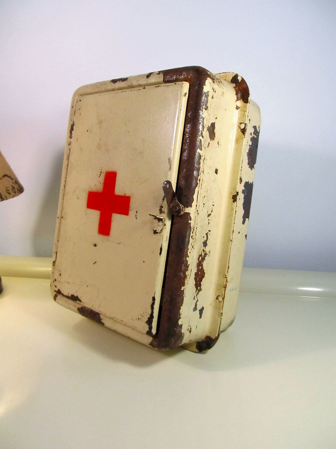 Vintage german military medical red cross first aid kit antique vintage german military medical red cross first aid kit antique metal kit fandeluxe Image collections