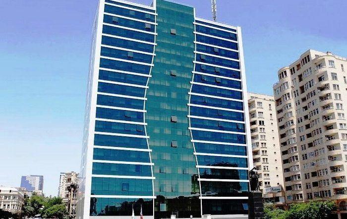əmək Və əhalinin Sosial Mudafiəsi Nazirliyinin 30 A Yaxin Elektron Xidməti əhalinin Istifadəsindədir Rəsmi Məlumata G Skyscraper Building Multi Story Building