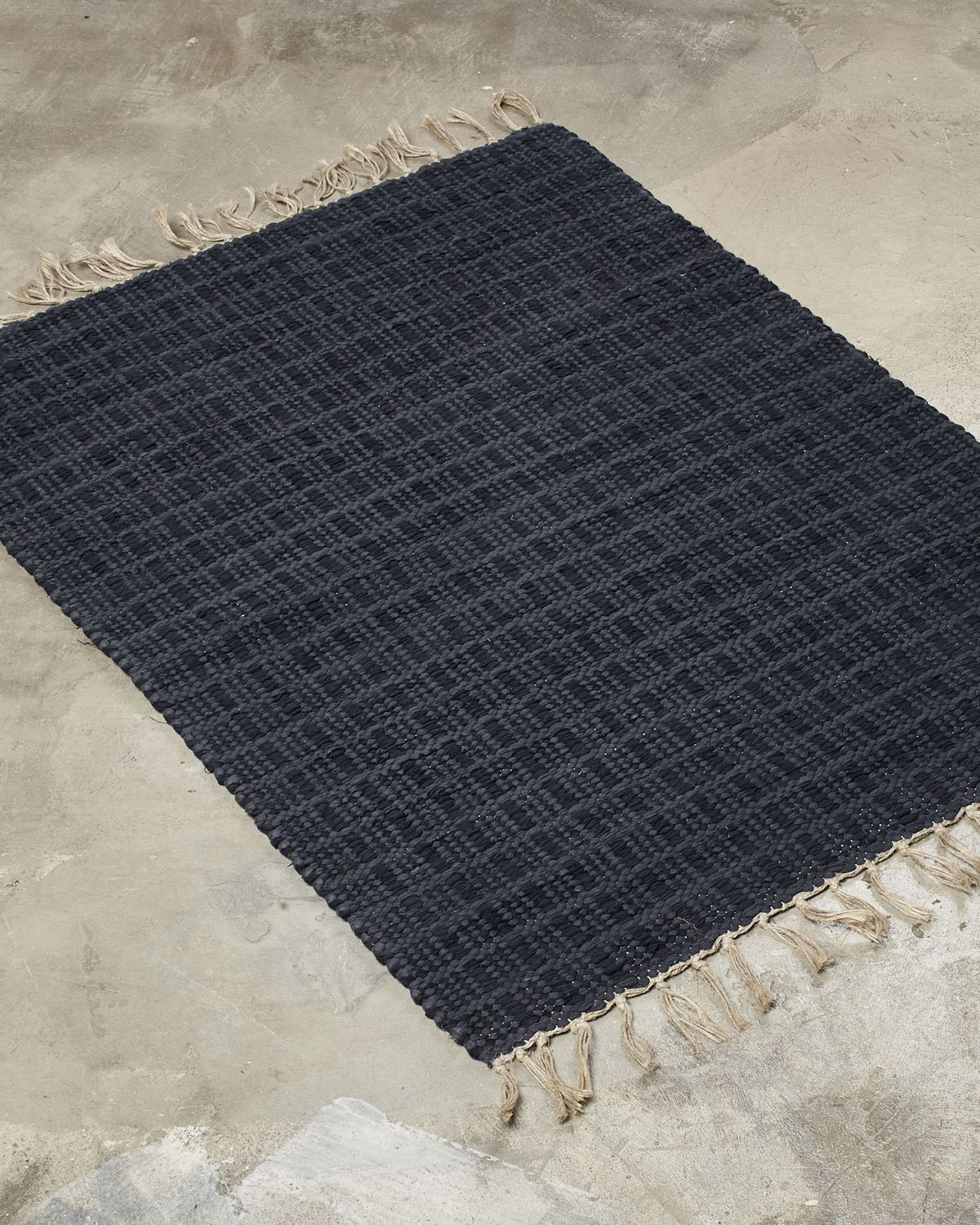 LITTLE-RUUTU rug one of our classics. It withstands time and suits many design styles. Play with harmony and contrast.