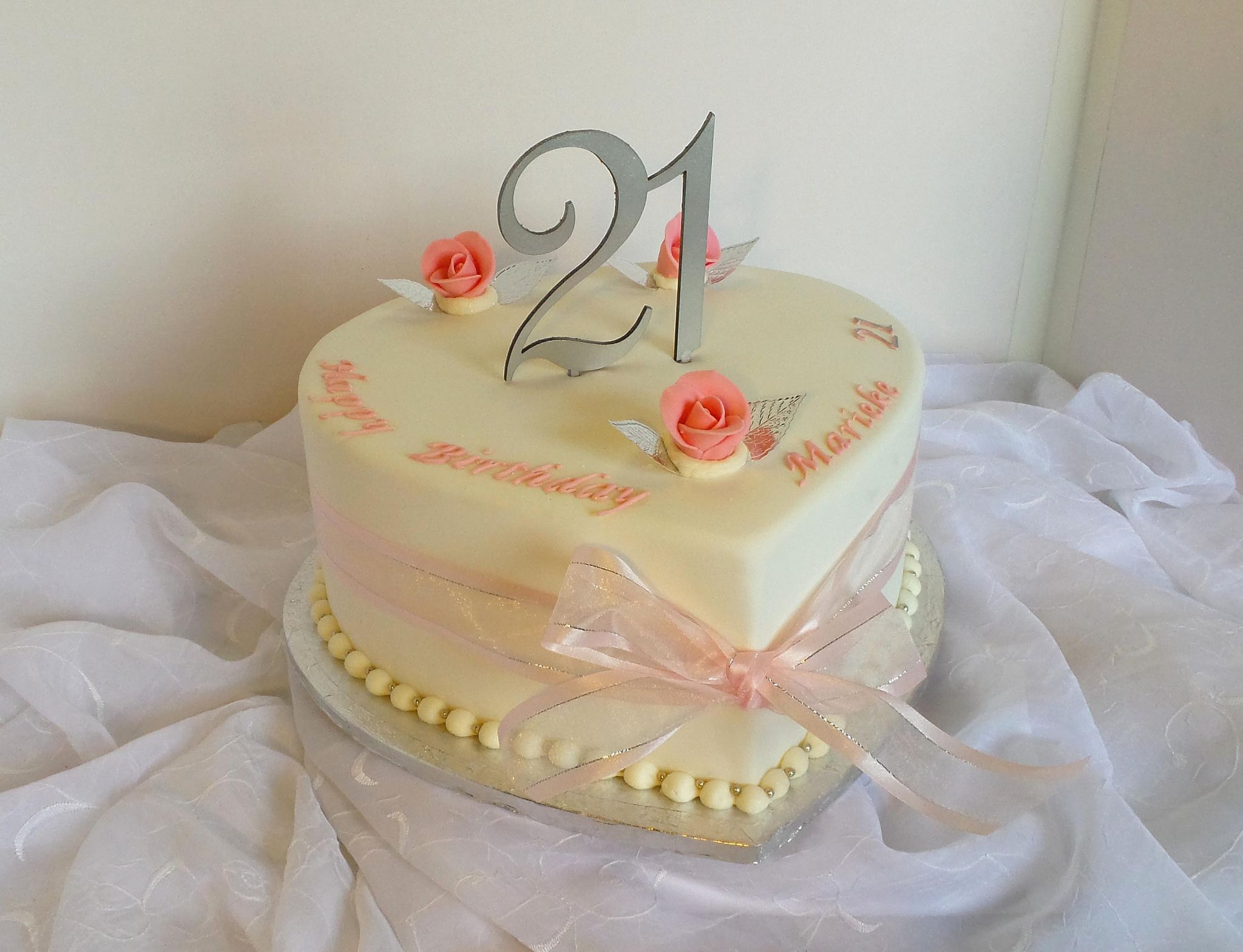 21st Heart Shaped Birthday Cake Willi Probst Bakery