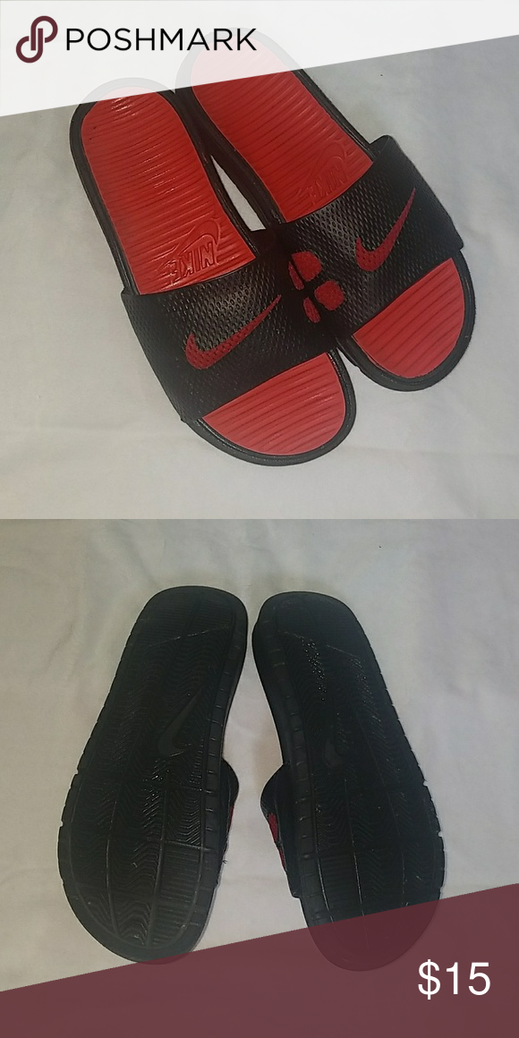 f3fd1dd084dac3 Nike Slides Black   Red Size 6 Good used condition! Only worn twice for a  few mins! Nike Shoes