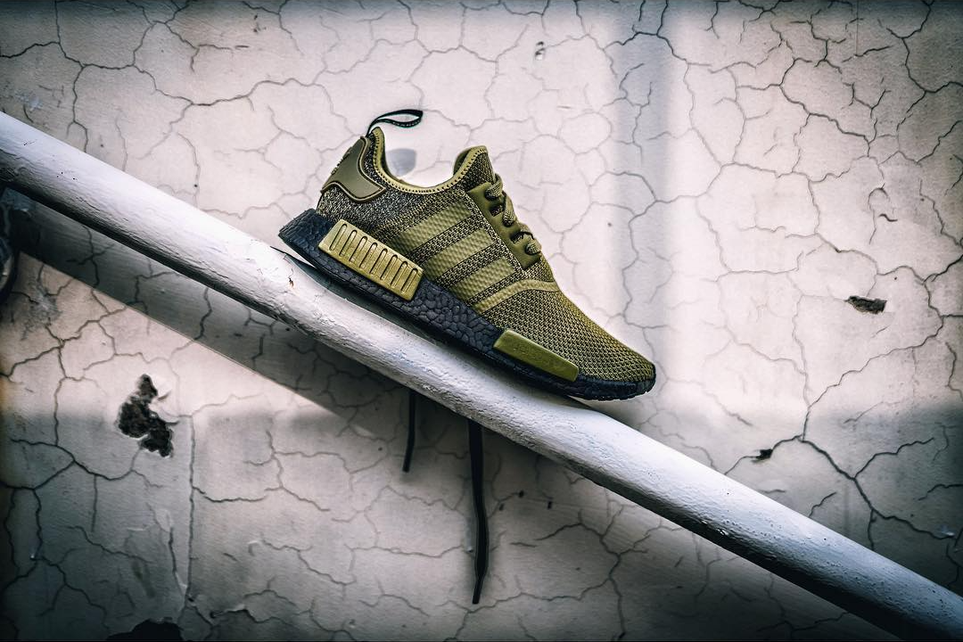 "Preview adidas NMD R1 ""Black BOOST & Olive Green"