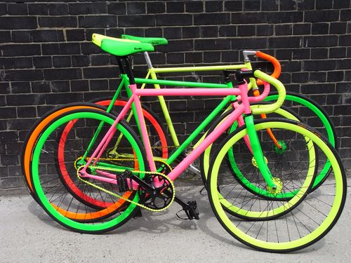 10 Best Neon Colored Bikes Kickinitapplecheeks Fixie Bike
