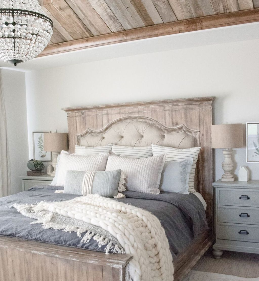 Nice 47 Awesome Master Bedroom Decorating Ideas Bedroom Furniture Sets Farmhouse Style Master Bedroom Rustic Bedroom Furniture
