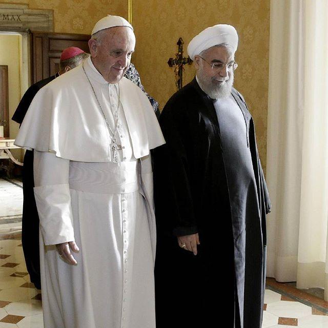 #papaFrancesco  riceve il presidente iraniano Hassan #Rohani #iran #Vatican #meeting #pope #life #travel #bestpictures Guarda su ANSA.IT le grandi foto dal mondo