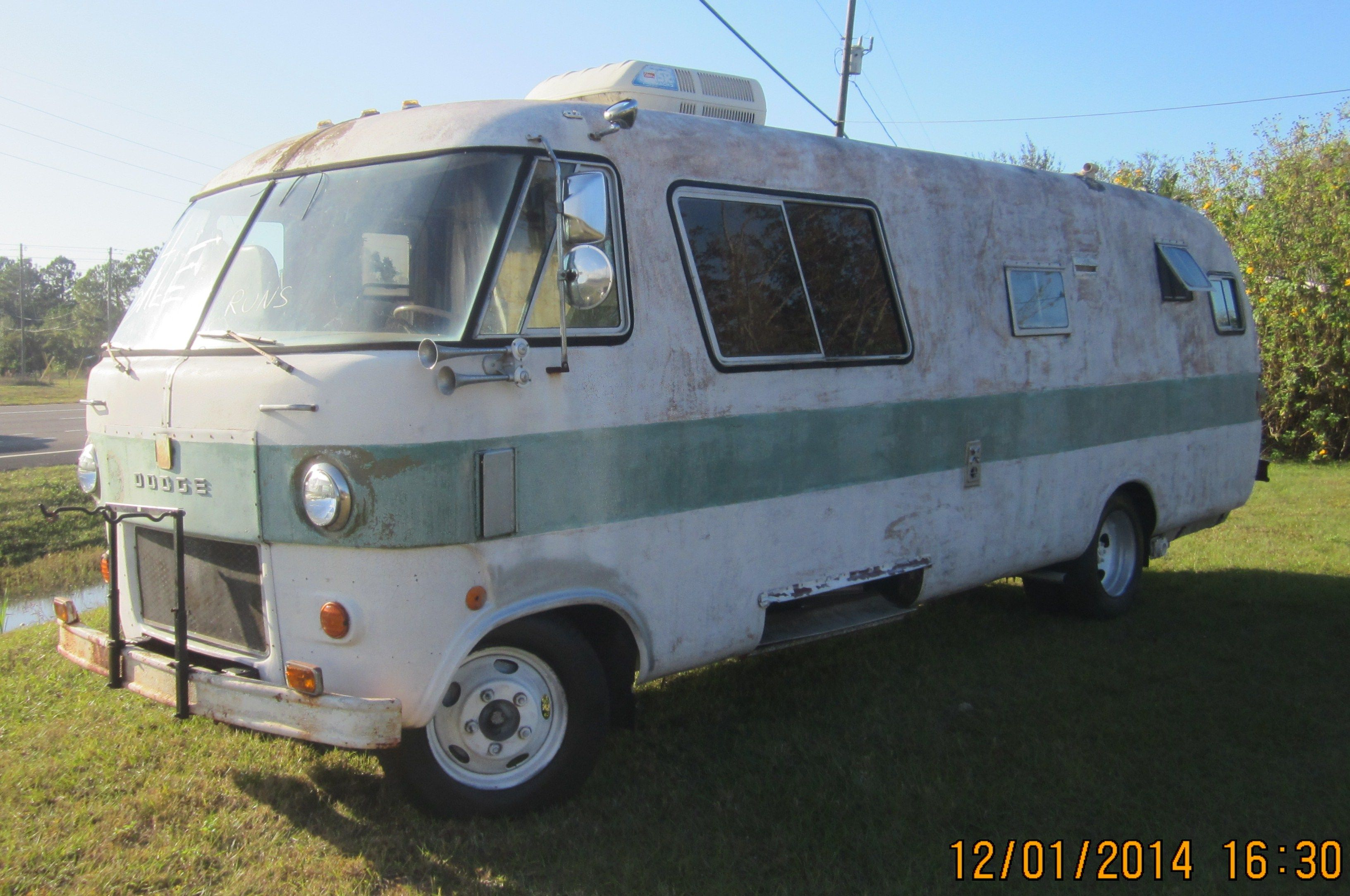 1970 Travco 270 Dodge Motor Home SN 147  413 V8 power  | Off