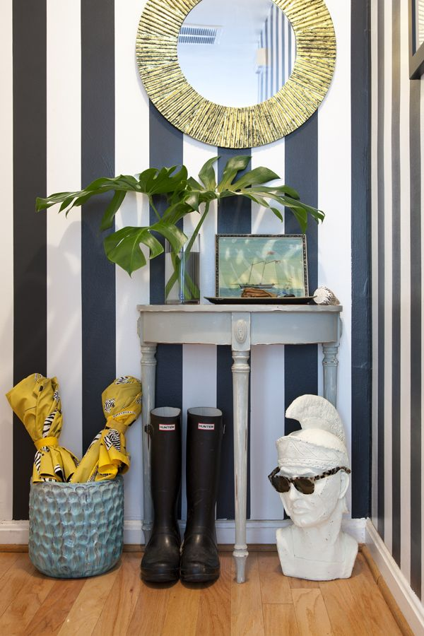 want something like this for my entryway - the perfect size!