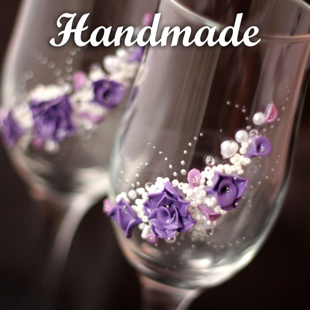 Handmade wedding glasses for Honeymooners.Flutes Champagne Brige Groom Toasting
