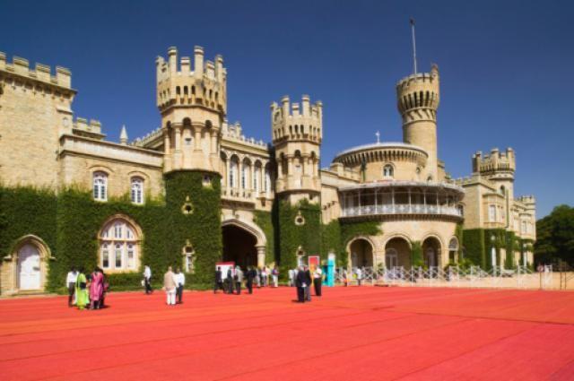 10 Popular Tourist Places to Visit in Bangalore: Bangalore Palace