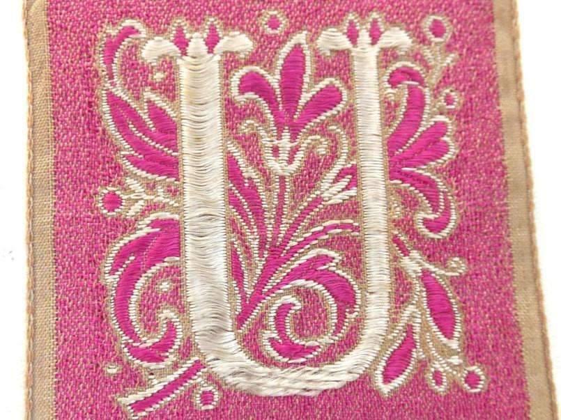 Monogram U Applique, 1930s Vintage Embroidered 'Letter U' applique. Alphabet  Patch / Monogram application, antique letter
