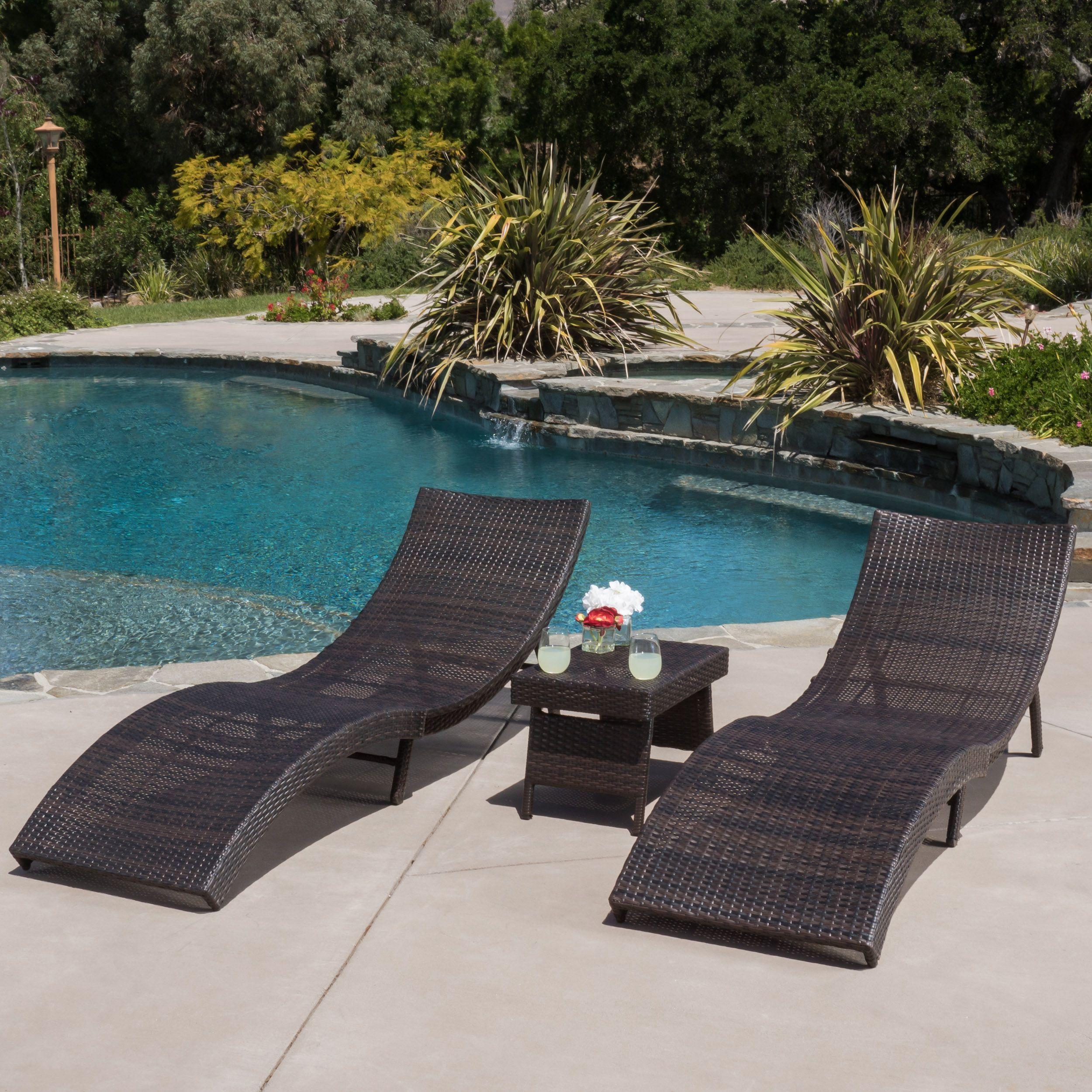 Our Best Patio Furniture Deals Cadeiras De Piscina Casas De Praia De Luxo Moveis De Piscina