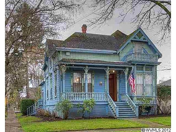 1887 Queen Anne Salem Or 169 900 Old House Dreams Victorian Homes Exterior Victorian Homes Old House Dreams