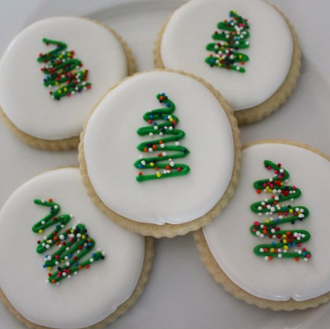 Like The Simple Decoration Christmas Cookies Xmas Cookies