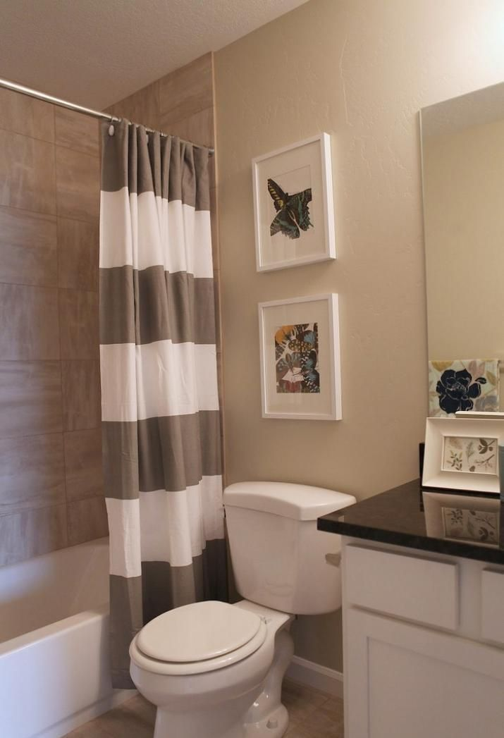 Tips Choose The Right Shower Curtain For Your Small Bathroom And