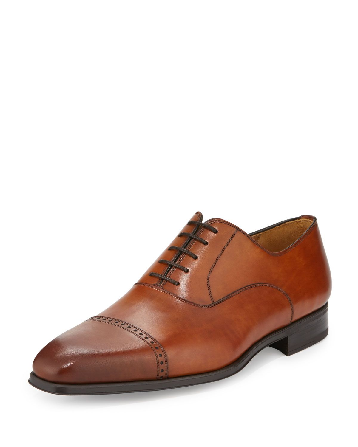 936af2f639bf Magnanni for Neiman Marcus Wolden Lace-Up Leather Oxford