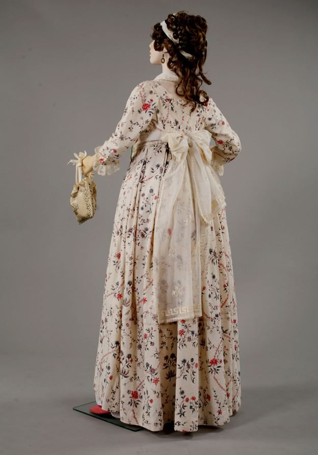 Florine 1795-1796. Printed on linen Indienne dress. Fabric originally from 1785.
