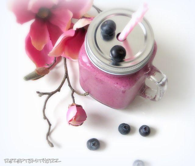 Rezepte mit Herz   ♥: Mein beerenstarker Frühstücks - Smoothie