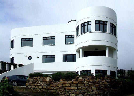 Streamline Moderne New Curved Lines Art Deco