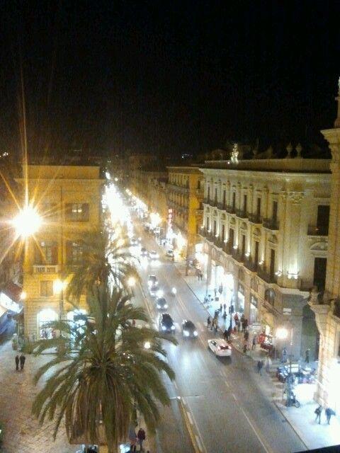 Via Roma, dalle terrazze della Rinascente | Palermo | Pinterest