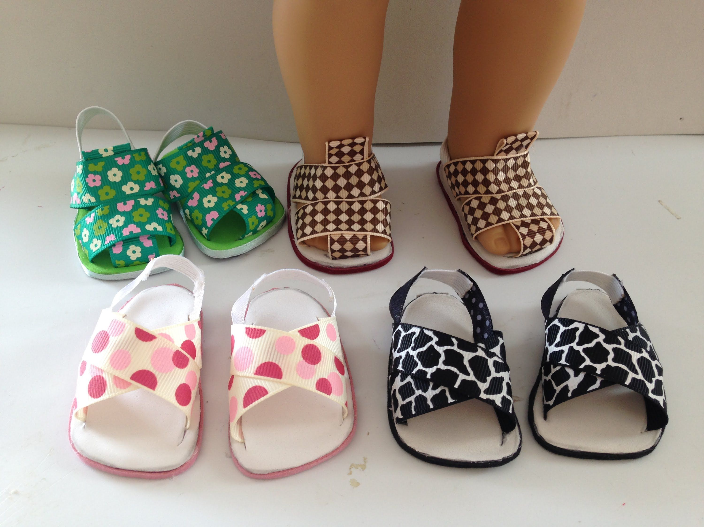 Best 25+ Doll shoes ideas on Pinterest | Felt booties, Felt baby ...