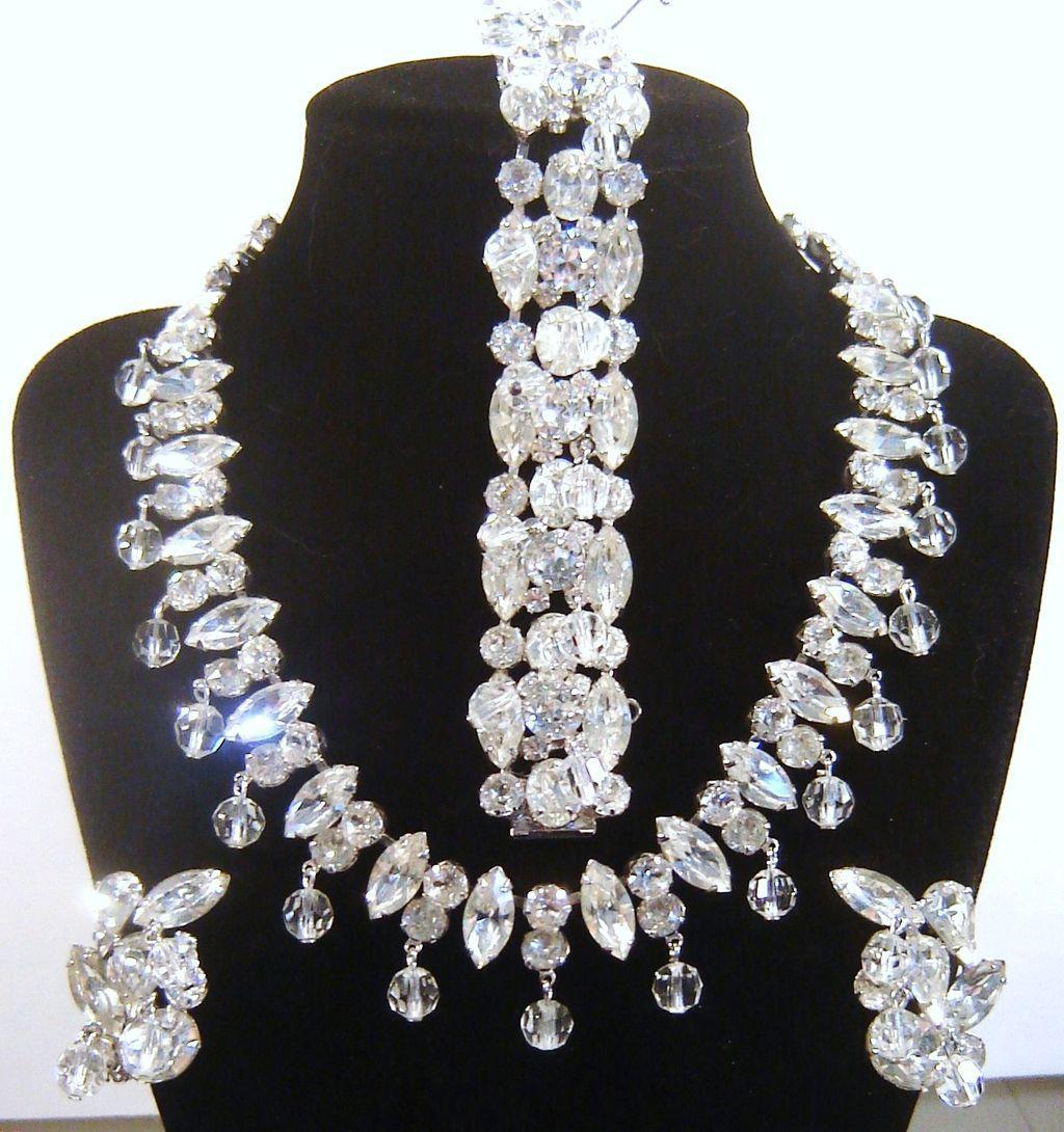 Vintage Kramer Rhinestone Crystal Dangles Necklace Bracelet Earring Set