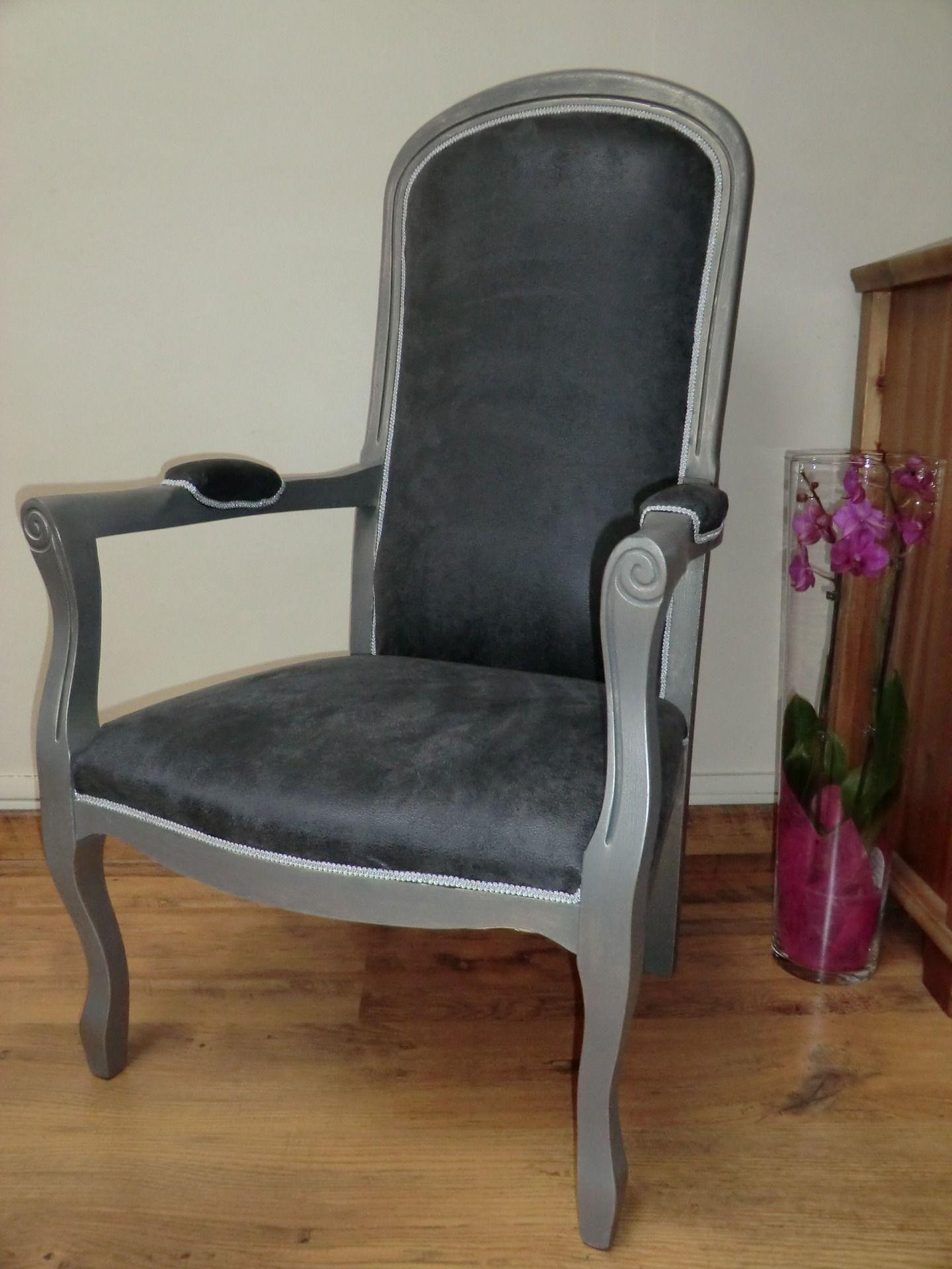 fauteuil de style voltaire gris et argent meubles et rangements par fariboles et bricoles. Black Bedroom Furniture Sets. Home Design Ideas