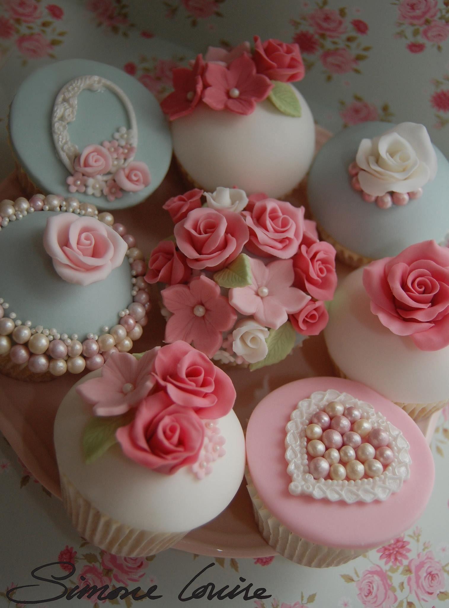 Beautiful flower birthday cupcakes by simone louise cakes beautiful flower birthday cupcakes by simone louise cakes izmirmasajfo